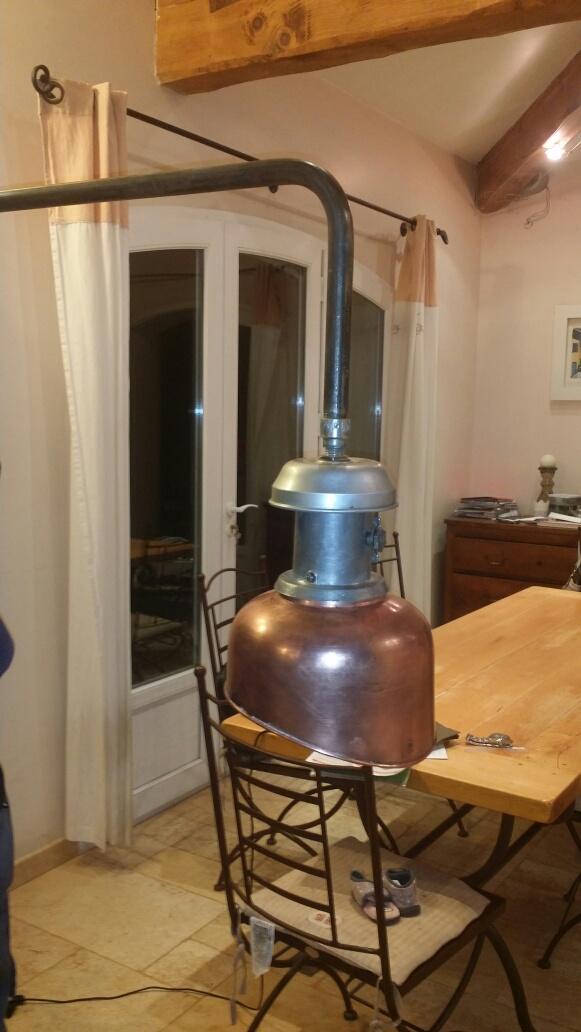 Connaissez-vous l'époque de ce lampadaire? Img_7130