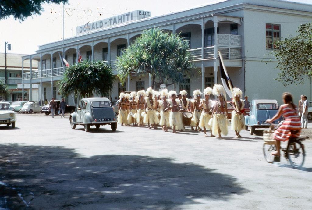 [Papeete] PAPEETE HIER ET AUJOURD'HUI - Page 2 Tahiti22
