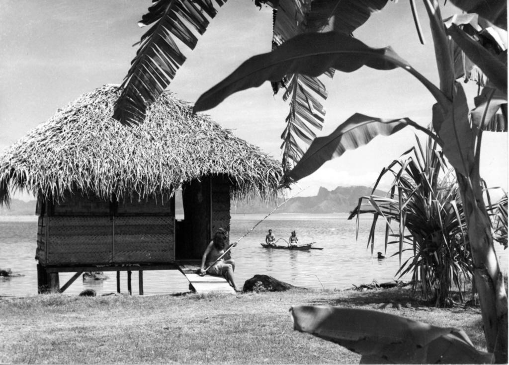 [Papeete] PAPEETE HIER ET AUJOURD'HUI - Page 7 Tahiti31