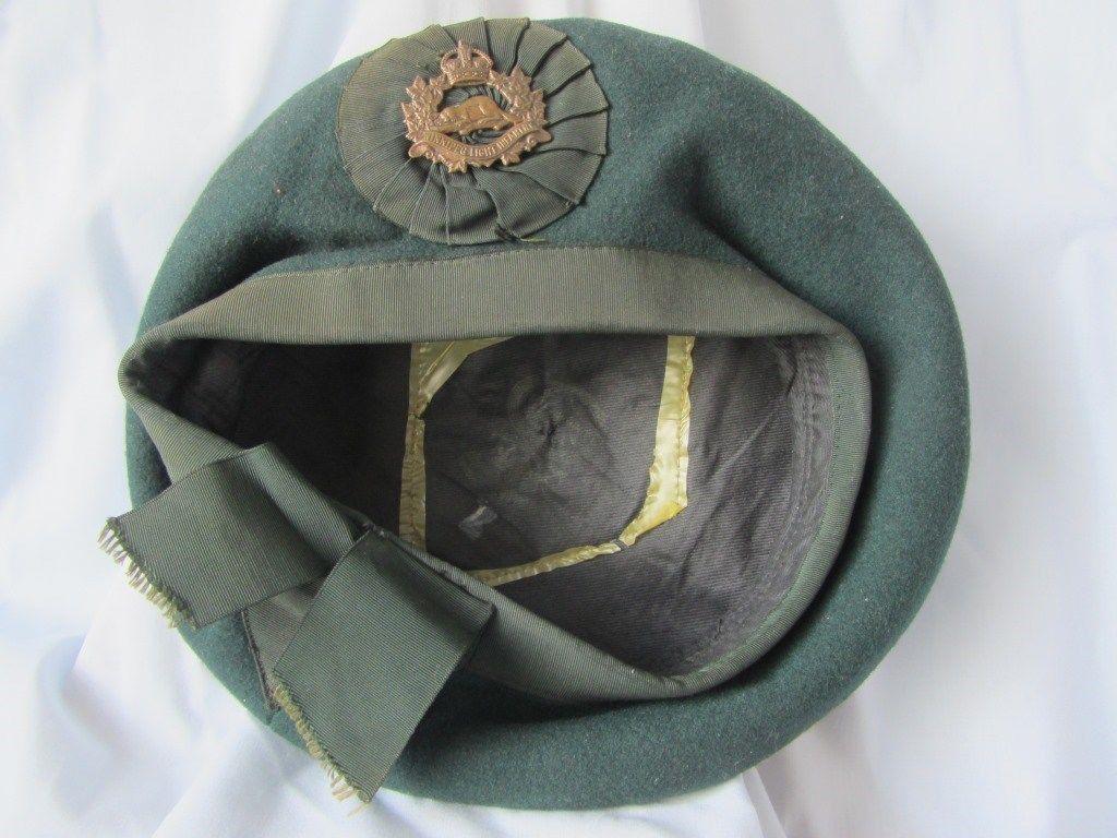 King's Crown Winnipeg Light Infantry Badge on Irish Caubeen? S-l16010