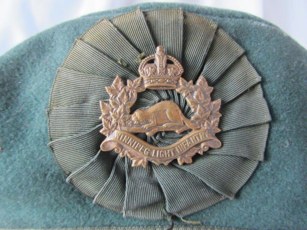 King's Crown Winnipeg Light Infantry Badge on Irish Caubeen? S-l16012