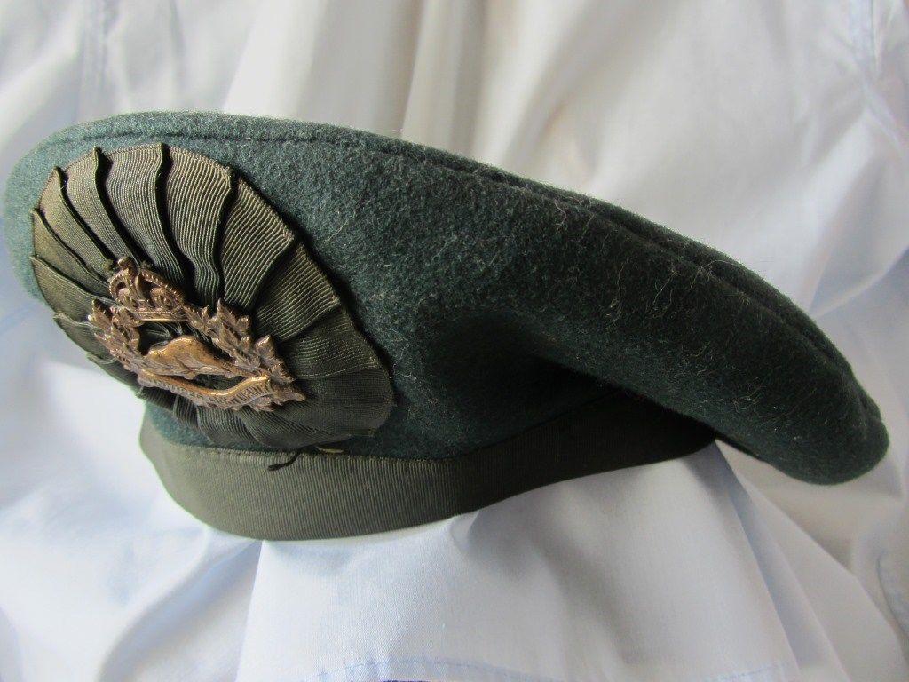 King's Crown Winnipeg Light Infantry Badge on Irish Caubeen? S-l16013