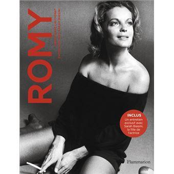 Un beau livre chez Flammarion  : Romy, entretien avec Sarah Biasini par Jean-pierre lavoignat Romy10