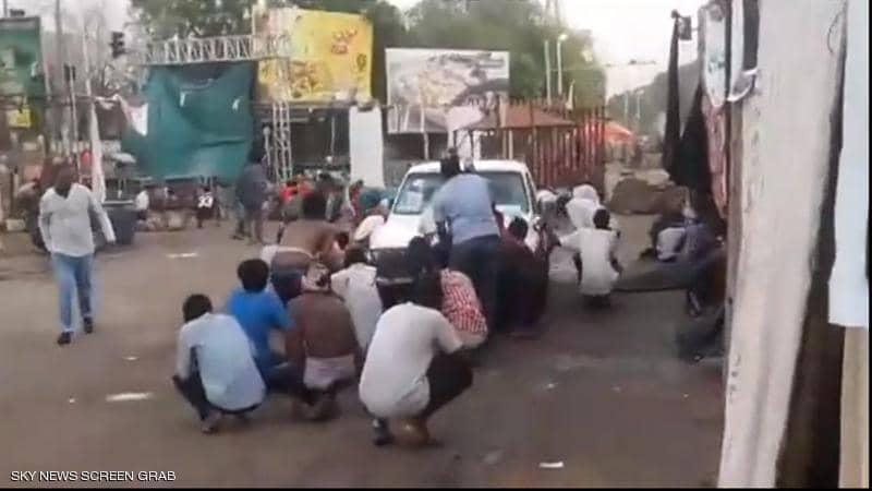 عاجل - محاولة بالقوة لفض اعتصام الخرطوم بالسودان وسقوط قتلى وجرحى 1-125610