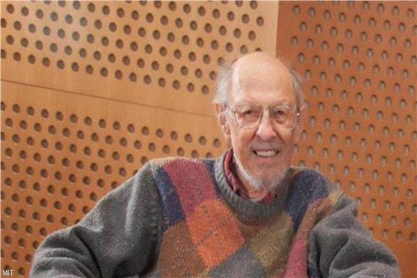 """عاجل وفاه العالم  """"فرناندو كرباتو"""" مخترع الكمبيوتر  13-7-210"""