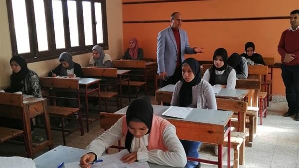وزارة التربية والتعليم لم نتلقي أي شكاوي من امتحان رياضيات الأول الثانوي 16610