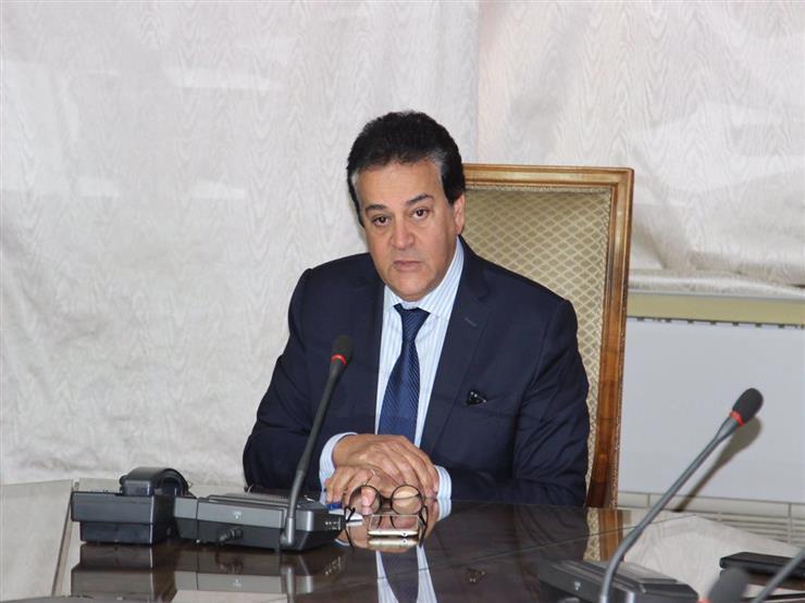 بسبب كورونا.. منح وزير التعليم العالي حق تعديل نظام الدراسة والامتحان 2018_124