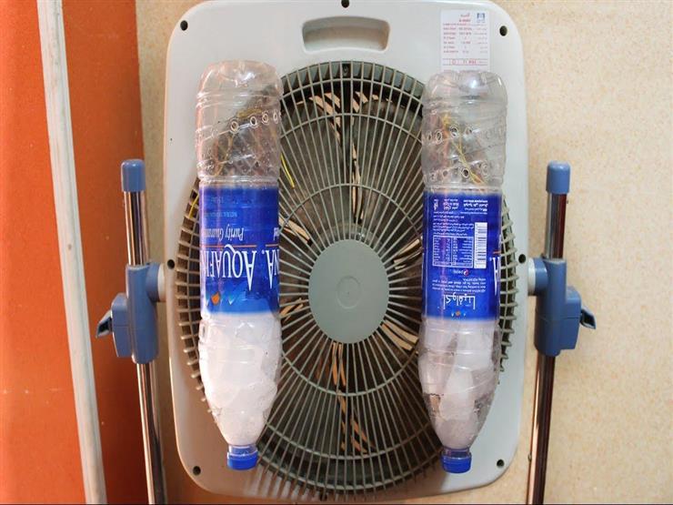 """ملح وميه ومروحة""""... طريقة عمل مكيف هوائي في المنزل 2019_515"""
