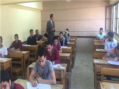 الإنضباط داخل مدرسة شنيسة أجا تحذير - مصادرة الهواتف المحمولة من الطلاب داخل اللجان حسب التعليمات 20200116