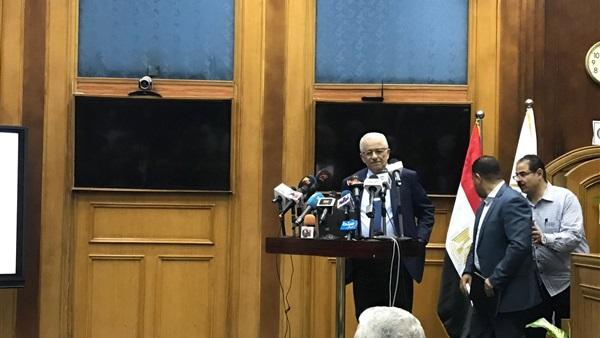 """دكتور شوقي- علينا جميعًا التكاتف والتعاون """" معلمون وطلاب وأولياء أمور فالنظام الجديد يمثل مستقبل مصر 31913"""