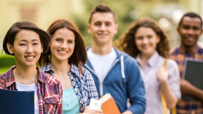 """هام للمعلمبن والطلاب و أولياء الأمور - موعد تقديم """"المشروع"""" لطلاب النقل وامتحانات الشهادة 42589910"""