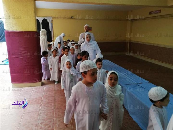محاكاة للواقع - تلاميذ رياض أطفال يؤدون مشهد الحج والأضحية 6010
