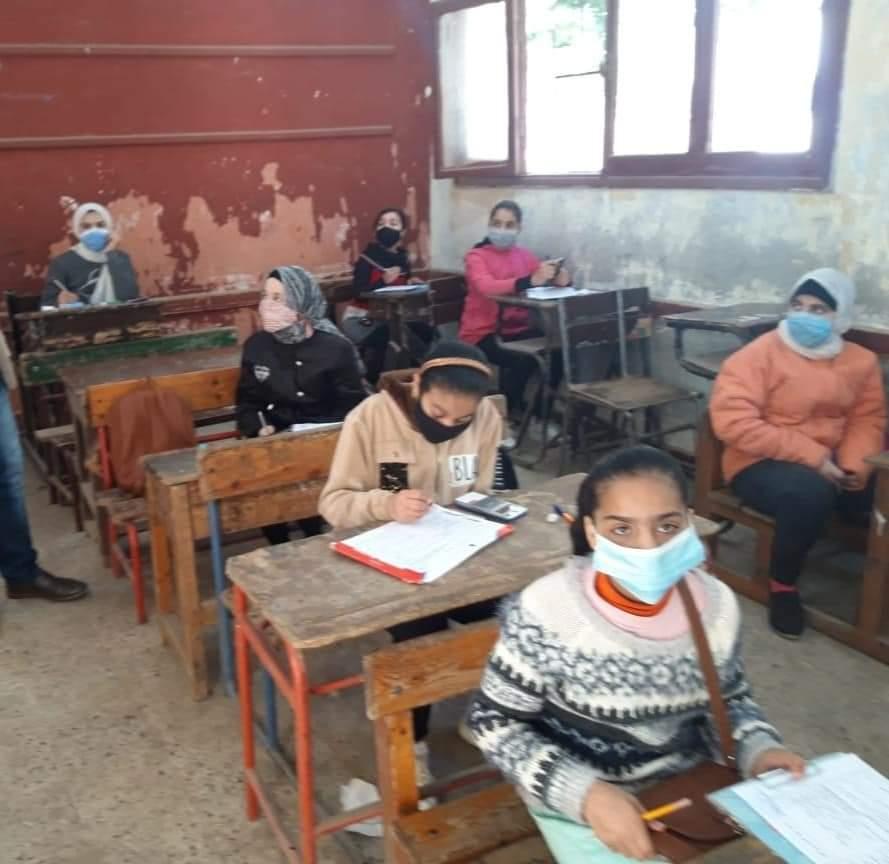 القاهرة تعلن ارتفاع نسب حضور الطلاب فى امتحانات اليوم 62132-10