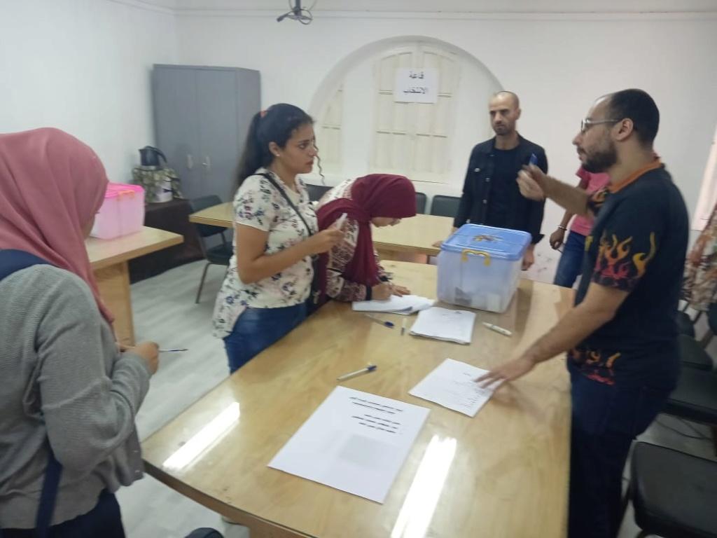 متابعة انتخابات الإتحادات الطلابية - 15 كلية تخوض جولة الإعادة فى انتخابات الاتحادات الطلابية بجامعة حلوان 67862-10