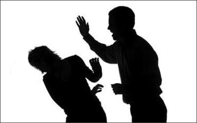 """شكوى ولى أمر """" مدرس الألعاب """" هوايته يضرب ابنى على قفاه 69891210"""