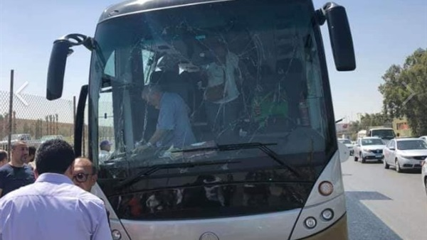 ننشر تفاصيل  انفجار     أتوبيس سياحي بالهرم بعبوة ناسفة و تهشمه 88410