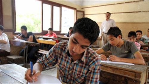 إحصائية نتيجة الجيزة - رسوب 41 ألفا و854 طالبا في امتحانات الشهادة الإعدادية بالجيزة 89810