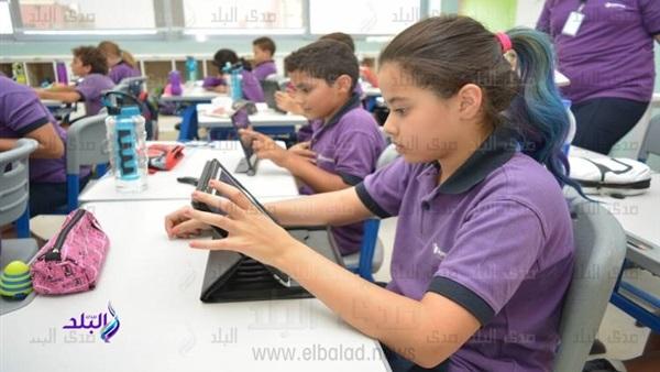 تطوير فى مناهج المرحلة الإعدادية يسير بالتوازى مع تطوير المراحل الأخرى للإسراع في تعميم نظام التعليم الجديد 93112