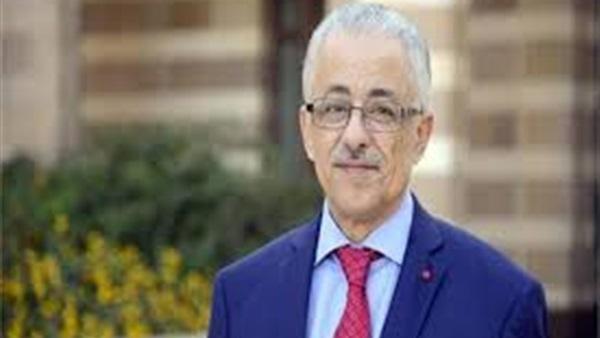 طارق شوقى – تأخير تسليم الكتب سببه تواطؤ من بعض العاملين فى الإدارات 98410