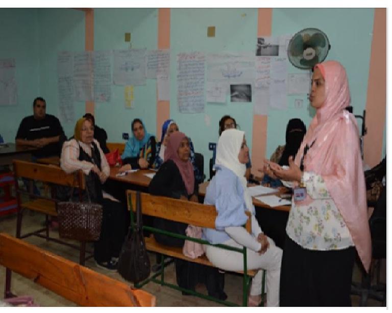 دكتور محمد عمر – تدريبات المعلمين على النظام الجديد فى موعدها ولن تتأثر بتأجيل الدراسة Aeoo_e10
