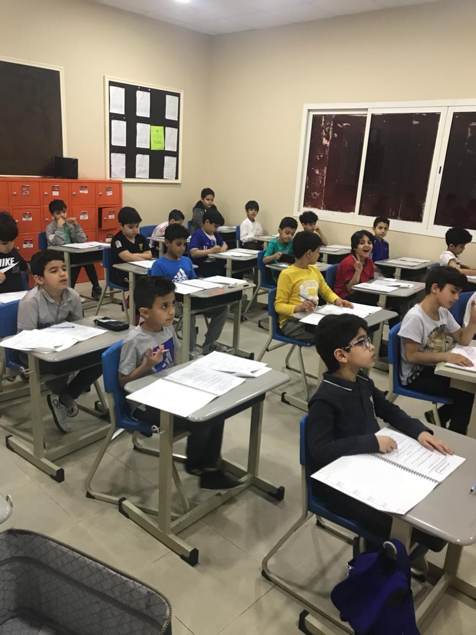 """المنصورة -"""" نسيوا """"ووزعوا امتحان أخر العام بدلاً من نصف العام على التلاميذ  News_410"""