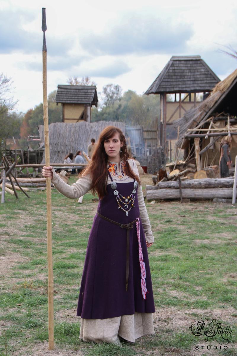 Robe et tablier viking ou.. Apron viking dress Copie_10