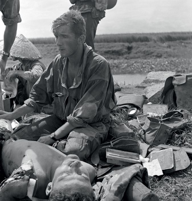 Pierre FERRARI, reporter de guerre. Pf110