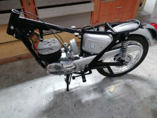 Resurrecció Bultaco Metralla 62 - Página 2 Img_2122