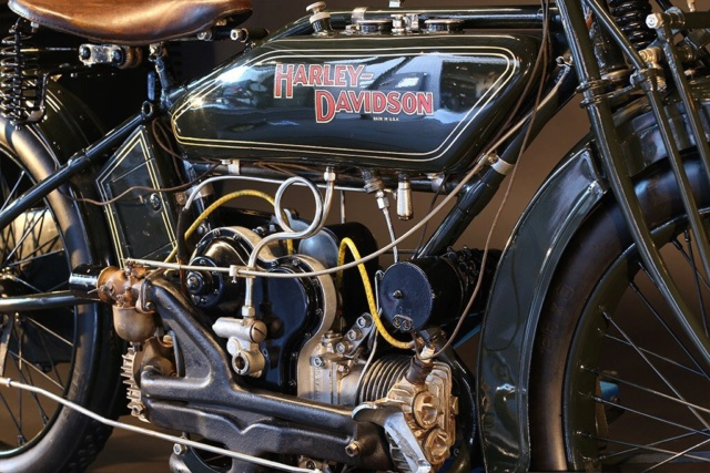 Les vieilles Harley Only (ante 84) du Forum Passion-Harley - Page 29 Imag1028