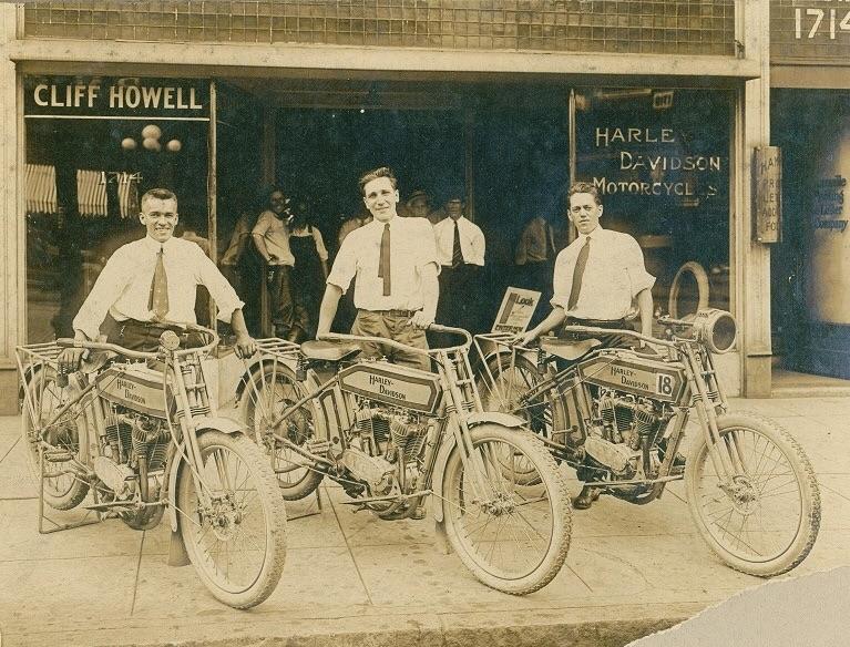 NOSTALGIA vieilles photos H-D d'époque - Page 3 Imag2826