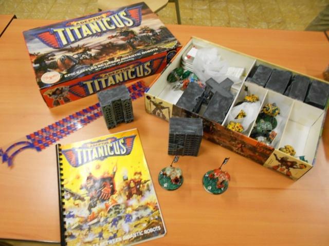 ADEPTUS TITANICUS débarque aux Arpenteurs  Decor_26