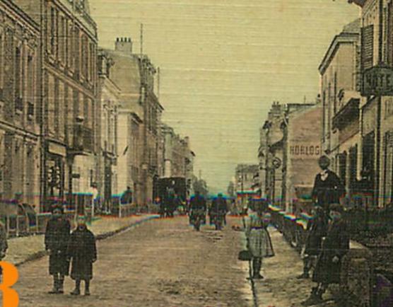 Une rue  de Juvisy,, un défilé, un personnage yeux bandés ....  - Page 3 Captu807