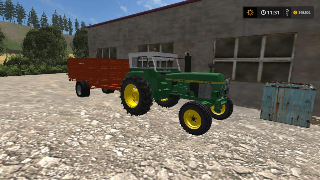 trattore gommato JohnDeere 3135 d'epoca Fsscre62