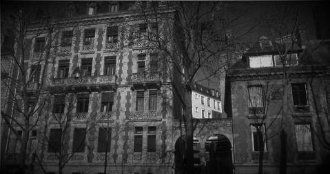 """Zone 1- """"Un rêve...Un cauchemar… Ramper, glisser le long du fil de la lame d'un rasoir et survivre""""- Apocalypse Now- α Dharma ω Paris_10"""