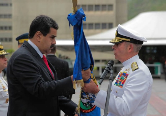 Maduro denuncia pretensiones de Colombia de infiltrar paramilitares a Venezuela 006_fb11