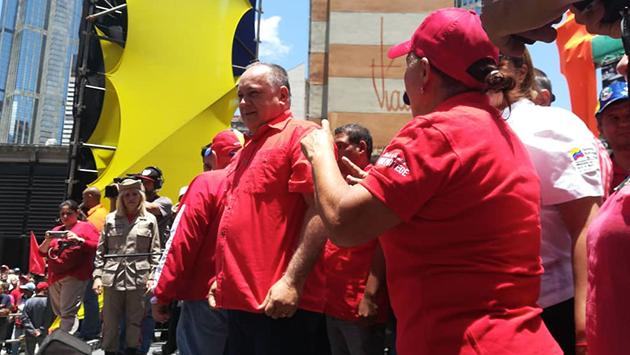Cabello: La Revolución siempre apuesta a la paz y muestra de ello es el respaldo del pueblo 06081810