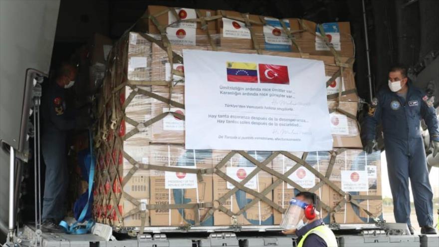 Venezuela recibió 15 toneladas de ayuda humanitaria enviada por Turquía para combatir el Covid-19 13410510