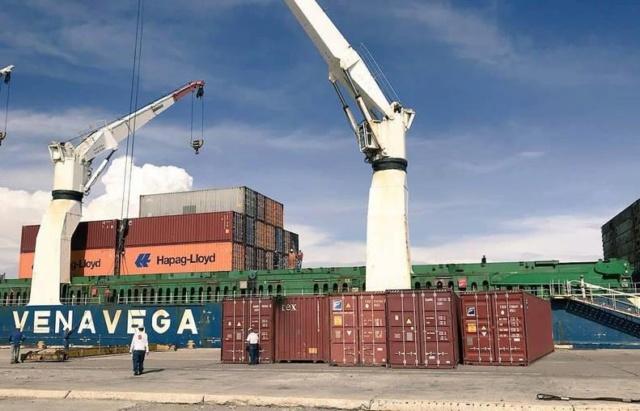 Arriban más de 3 mil toneladas de alimentos a Nueva Esparta en buque de Venavega