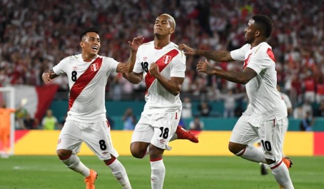 Perú gana 2-0 a Australia en su despedida del Mundial de Rusia 2018 15218610