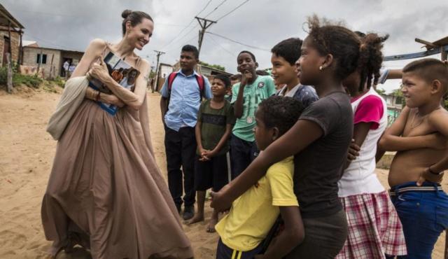 Anorexia, Angelina Jolie