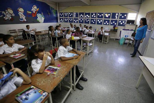 Personal del Ministerio de Educación cobrará retroactivo de aumento salarial la próxima semana 1c9iqy11