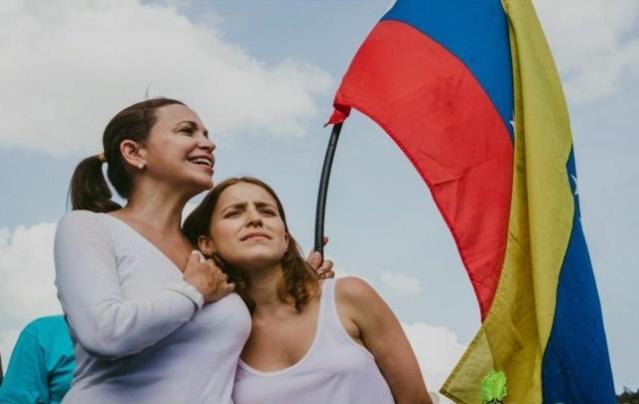 María Corina Machado y su hija