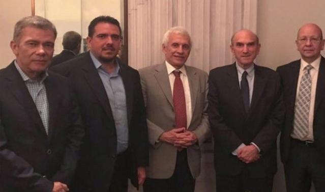 Delegados de la oposición para el diálogo
