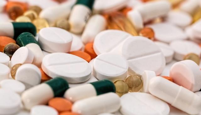 ibuprofeno, paracetamol, pastillas, capsulas