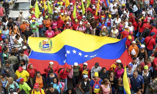 Venezolanos aoyan el diálogo