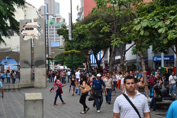 61% de los venezolanos quiere que la economía del país la conduzca el Estado, según encuesta 26081810