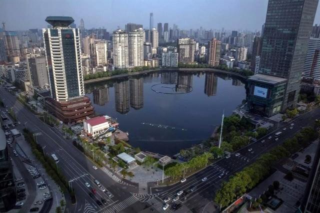 China reabre la ciudad de Wuhan