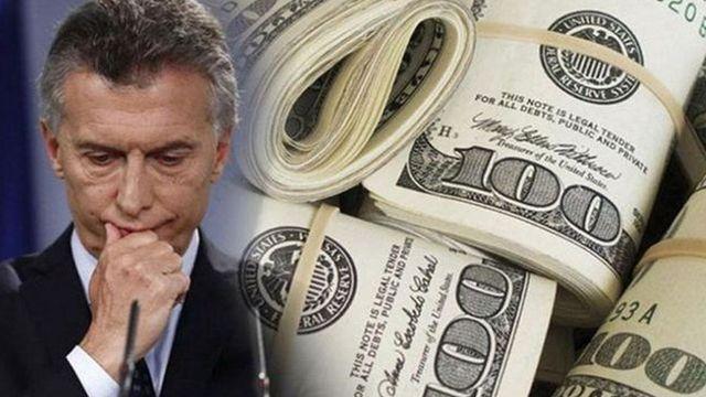 Gobierno argentino anuncia controles a la compra de dólares