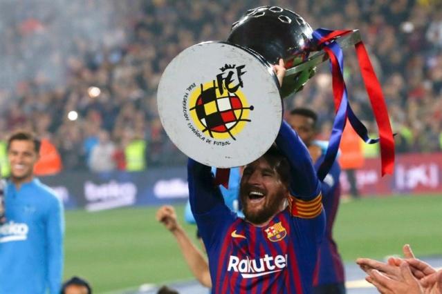 Barcelona se proclama campeón de la Liga de España de la mano de Messi