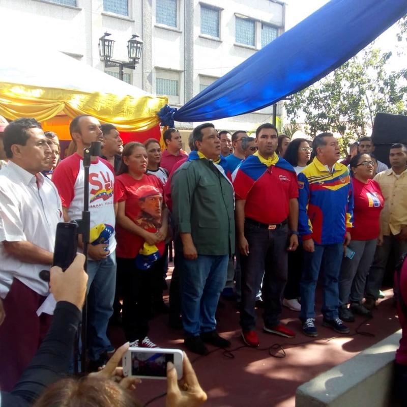 (Fotos) Trujillanos salieron masivamente a firmar para rechazar bloqueo de EEUU contra Venezuela 67794610
